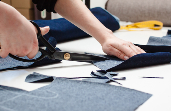 Cutting of bespoke jeans